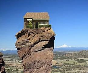 Huis op rots