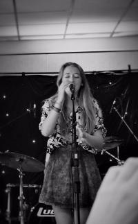 Singer-songwriter foto 2