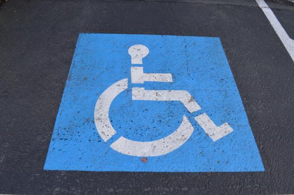 Number-parking-sign-blue-signage-circle-1186627-pxhere.com